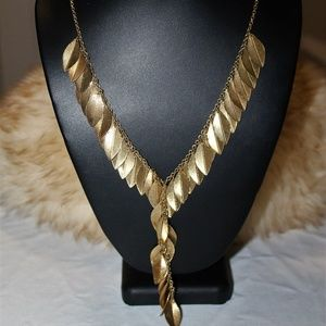 Gold Tone Dangling Leaves Necklace
